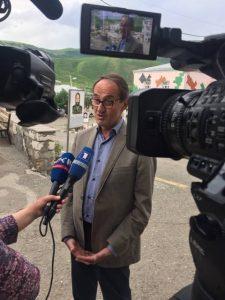 René Rouquet interviewé par la presse karabaghiote