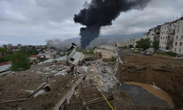 Stepanakert sous les bombes